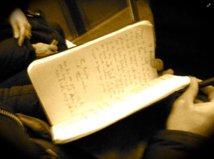 Federico Ferrandina's notebook in the Paris Metro in 2012 (photo by Ilaria Patassini Pilar)