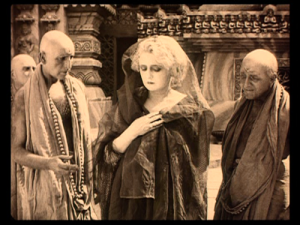 still from The Indian Tomb (1921)