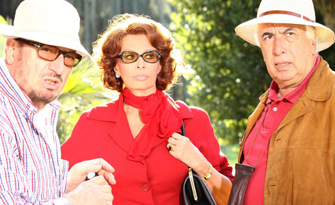Romilda Villani, Sophia Loren and Vittorio Sindoni in 2010 (photo from canali.kataweb.it)