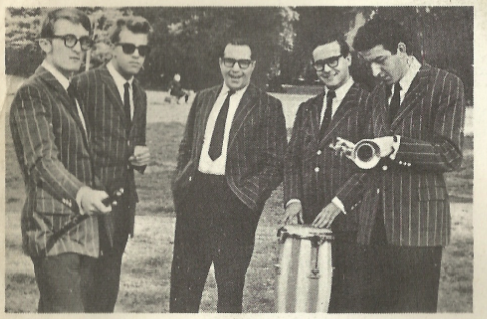 Stefano Torossi, Fabrizio Zampa, Franco Bracardi, Romolo Forlai, and Max Catalano on back sleeve of